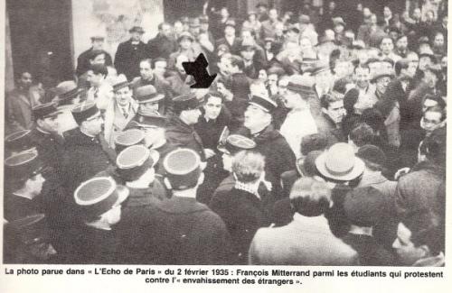 1935-manifestation-mitterrand.jpg